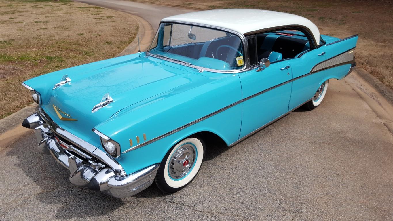 1957 Chevy Bel Air Sport Sedan (36)