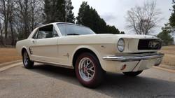 1966 Mustang Coupe White (2) (Medium)