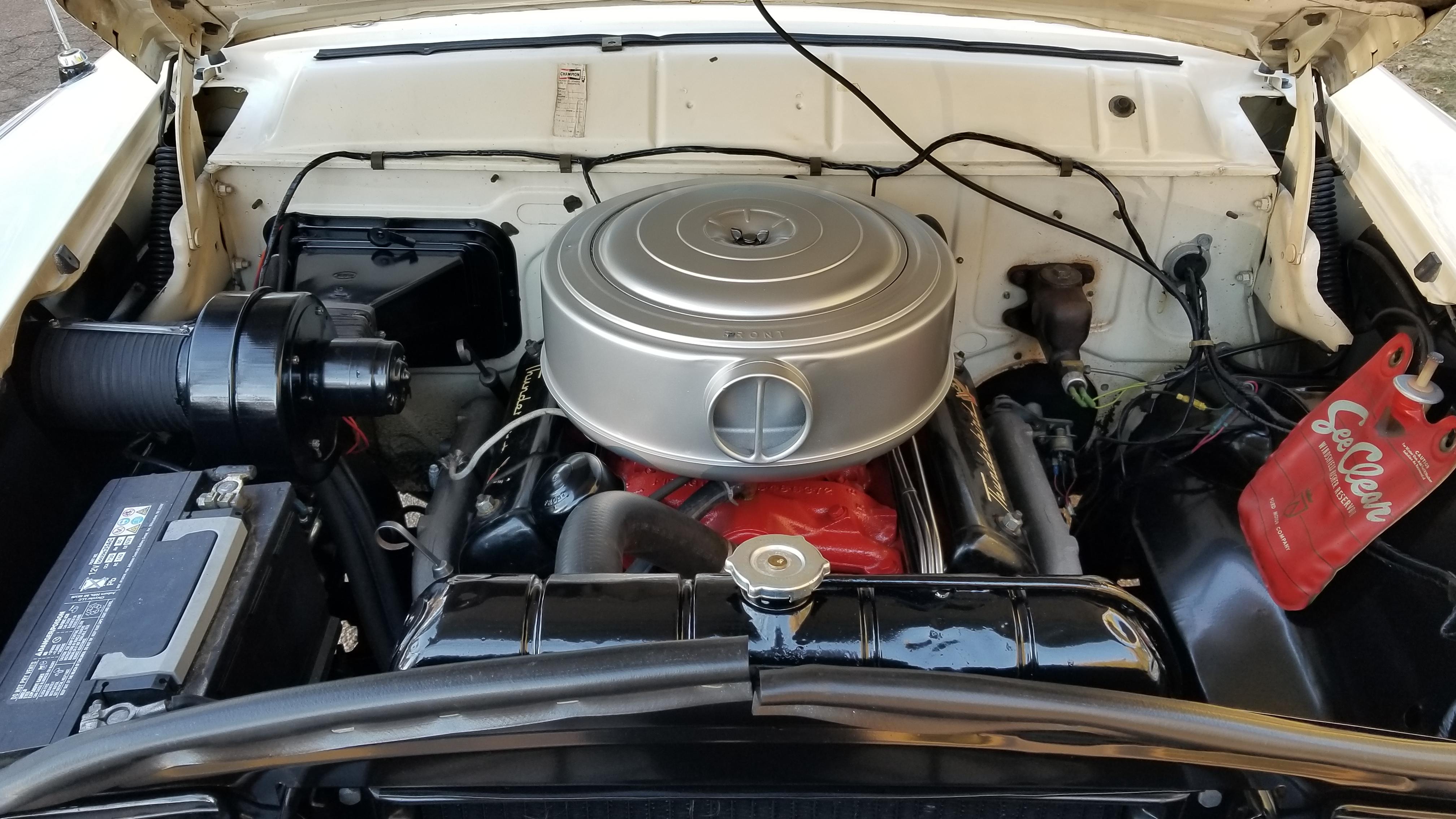1956 Ford Victoria (35)