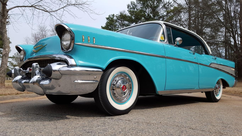 1957 Chevy Bel Air Sport Sedan (35)
