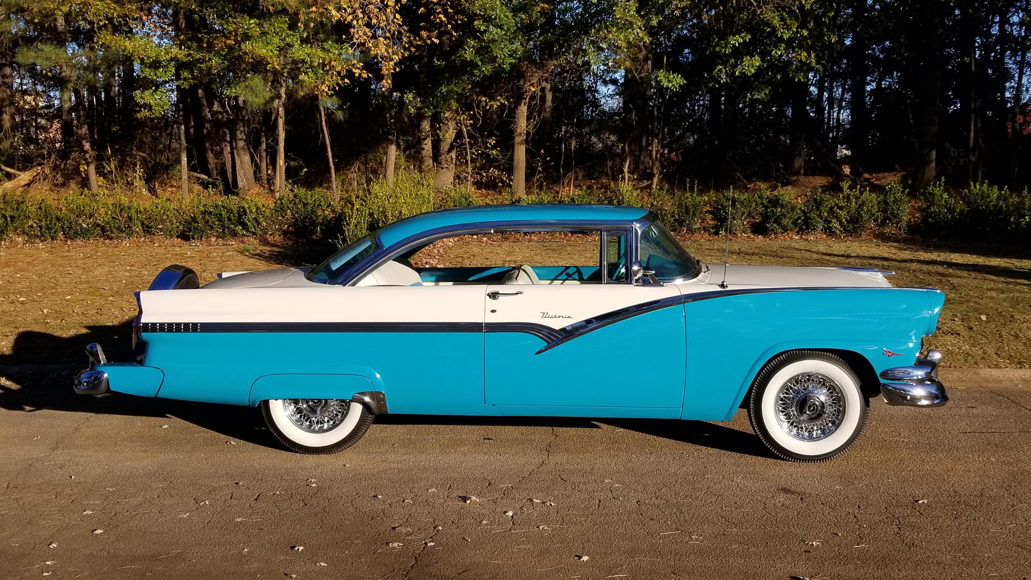 1956 Ford Victoria (13)
