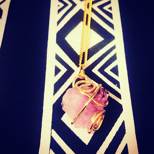 Amethyst Pendant (chain included)