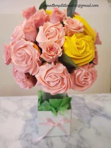 Pretty Pink Cupcake Bouquet
