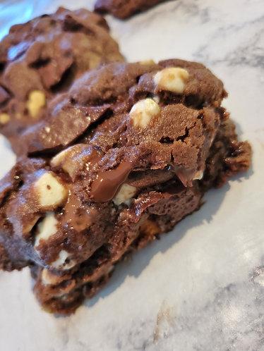 Chocolate chip cookies stuffed with white chocolate