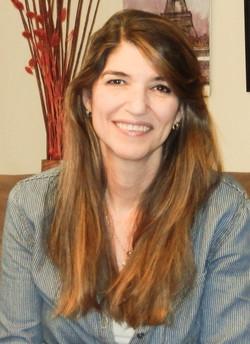 Dr. Ana  Cecelia Lara