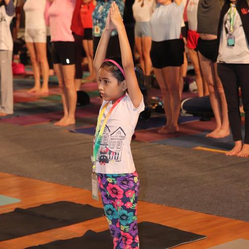 Iyengar Yoga is alive!