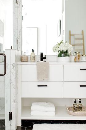 Laura Design & Co bathroom design