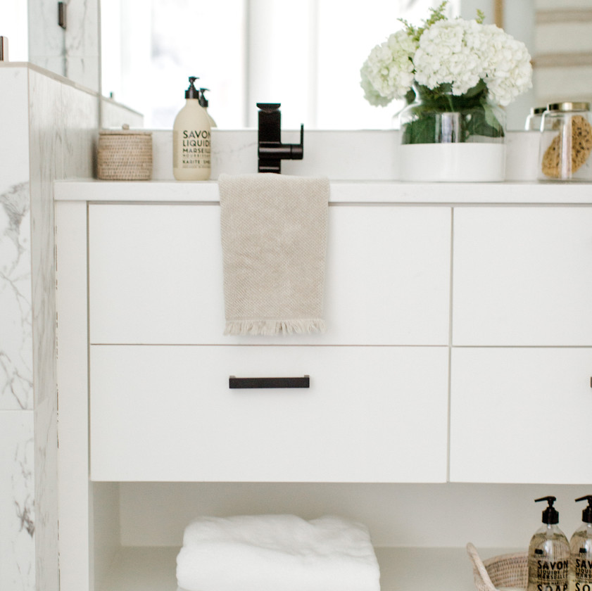 Bathroom design Laura Design and Co