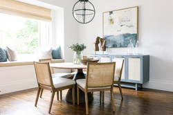 Breakfast nook design with cushioned win