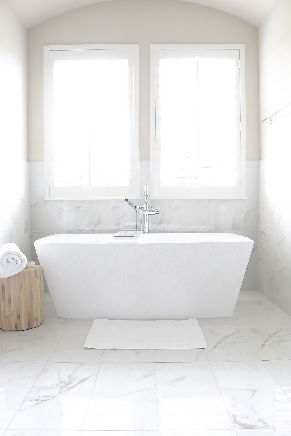 white bathroom by Laura Design and Co, Flower Mound TX based interior designer