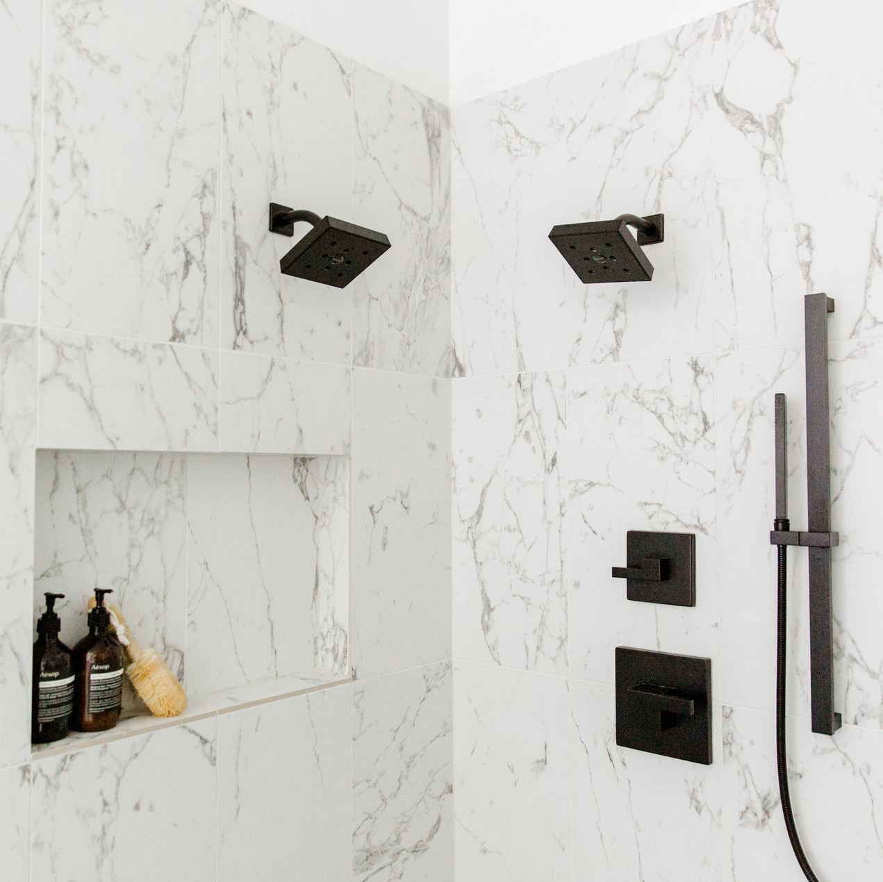 Bathroom design by Lauratography_www