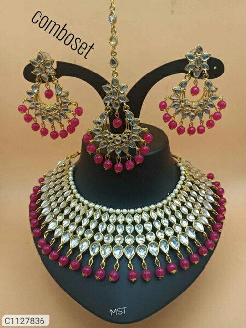Beauteous Kundan Jewellery Sets