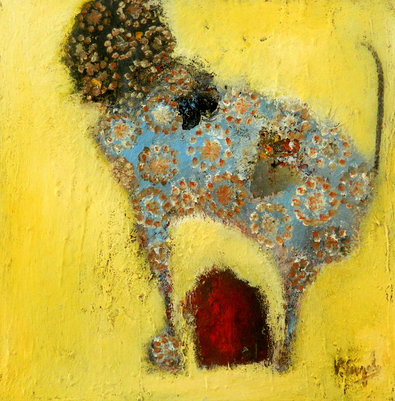 Le chien sur fond jaune