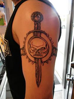 "Dagger, Willy ""G"" Skull and sprocket"