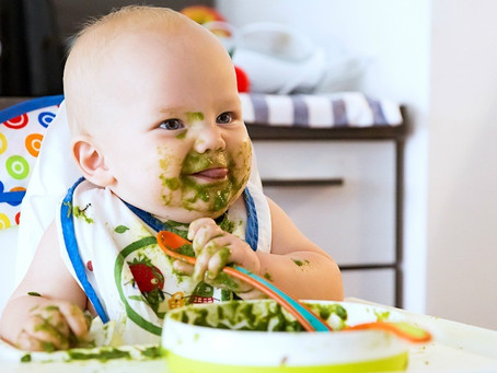 The Ultimate Guide to Natural First Foods for a Baby