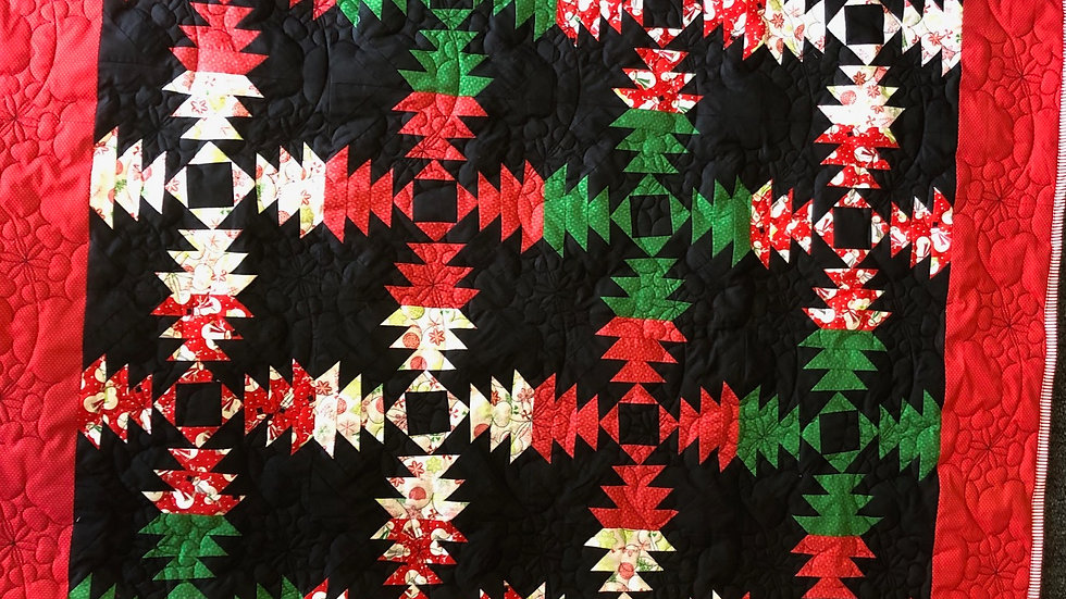 NEW! Christmas Pineapple Quilt
