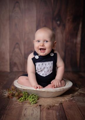 baby_photo_sitter_session_ottawa.jpg