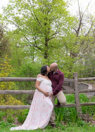 Ottawa couple maternity photographer