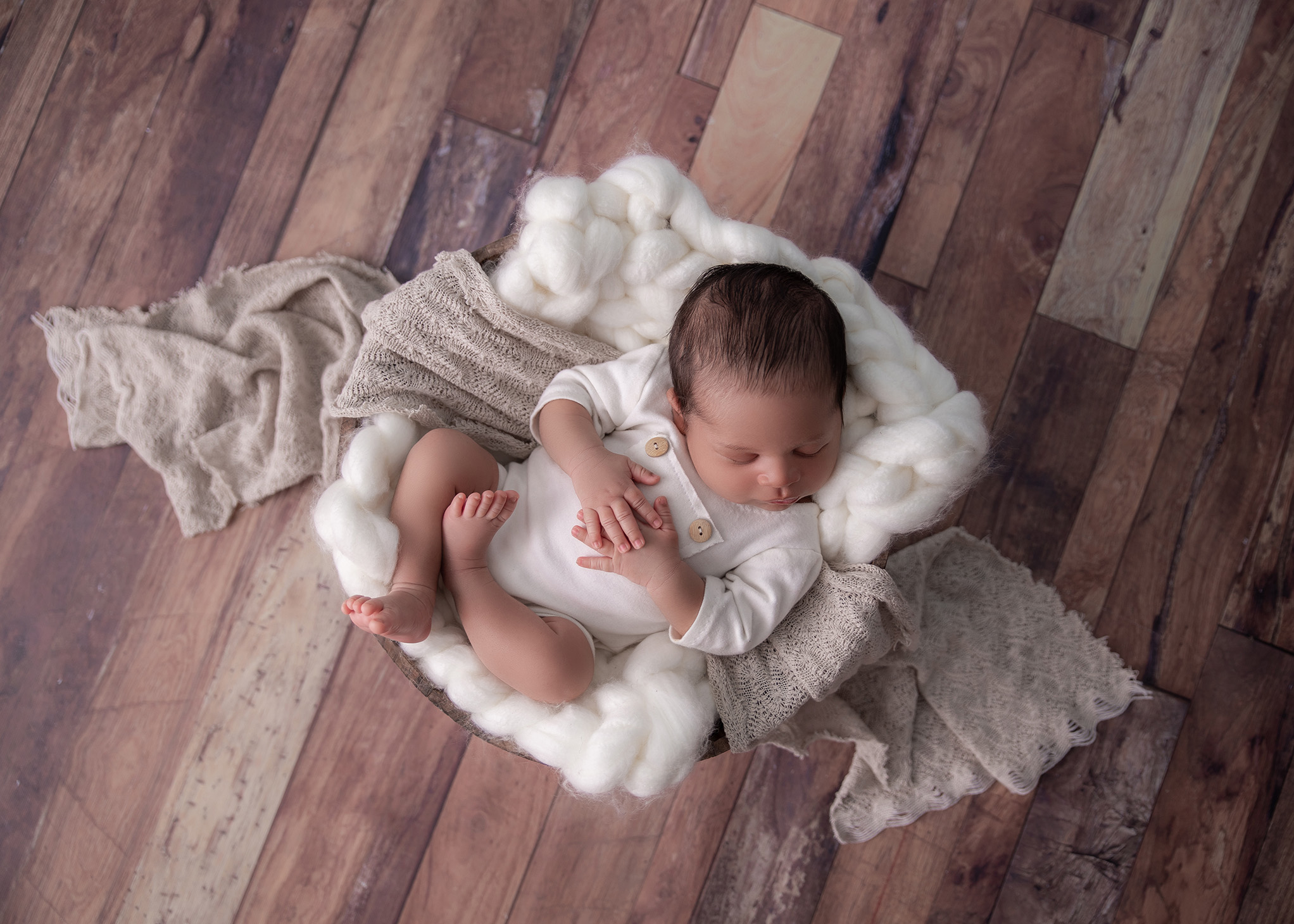 ottawa_newborn_photograher_neutral_set