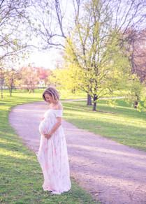 Ottawa spring maternity photographer