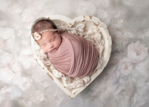 ottawa-newborn-session-white-heart.jpg