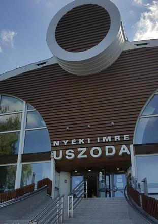 Nyéki Imre Uszoda, Budapest
