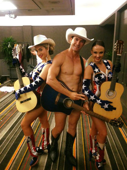 Playing the Naked Cowboy at the Star Casino_