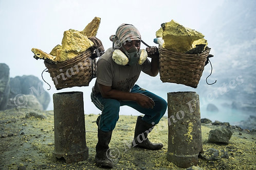 Sulfur Worker