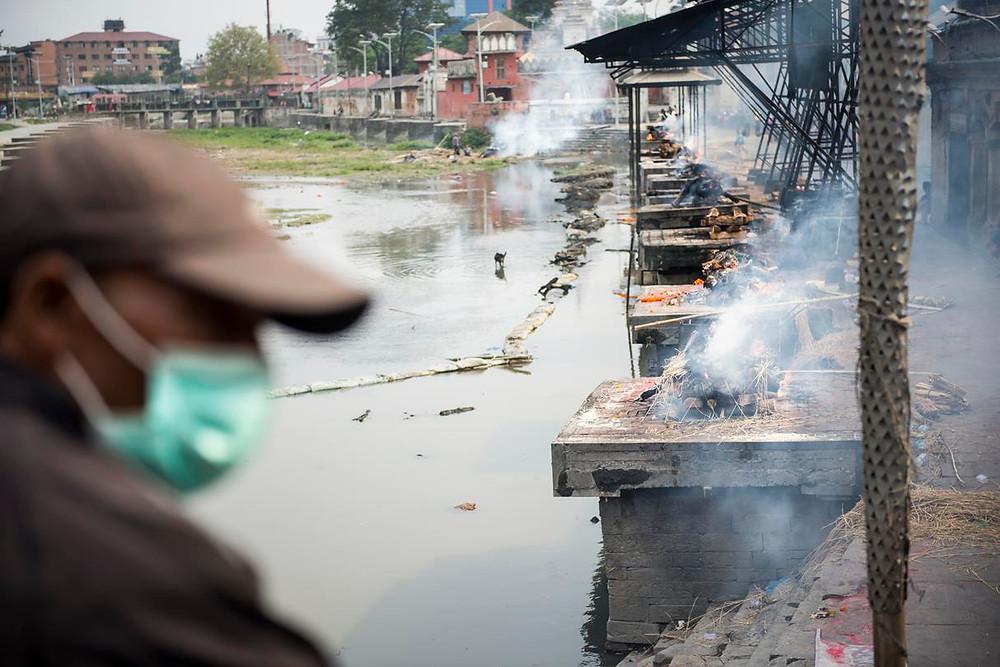Cremaciones masivas de las victimas