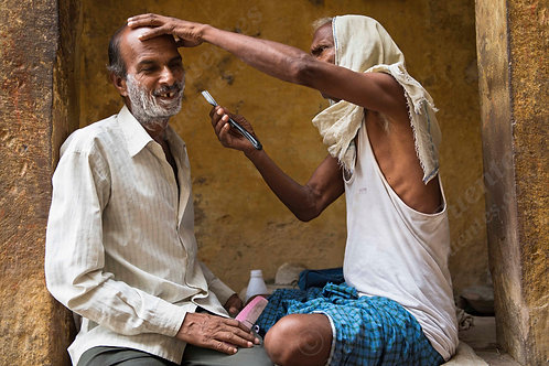 The street hairdresser