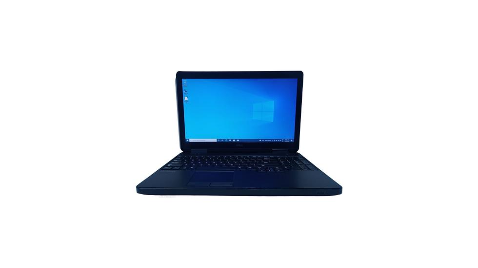 Portátil i5 teclado alfanumérico dell 5540 no es de cámara