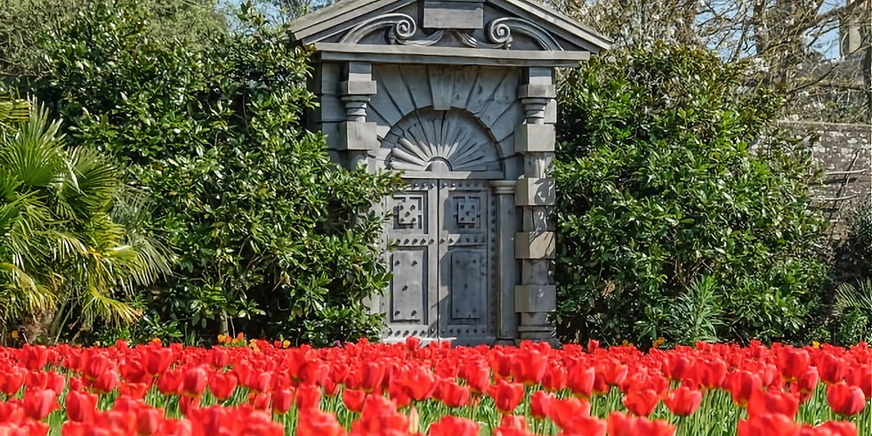 Trip to Arundel Castle Tulip Festival