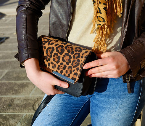 Handbag%201_edited.jpg