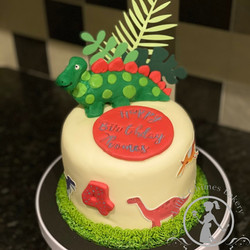 Birthday - Boy dinosaur theme 6 chocolat