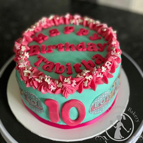 """Celebrations - 6"""" basic cake & box of 6 cupcakes"""