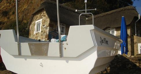 Shanklin fish cott boat sept 08.JPG