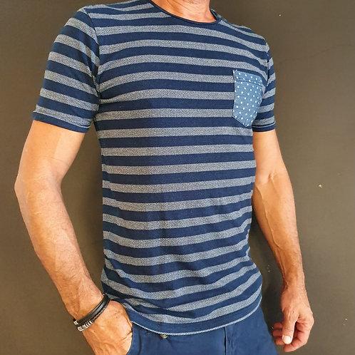 חולצת טישרט לגבר S