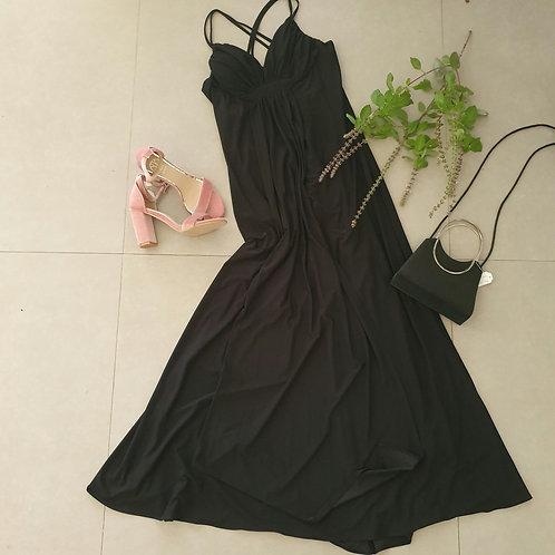 שמלה אלגנטית נישפכת עם כתפיות M