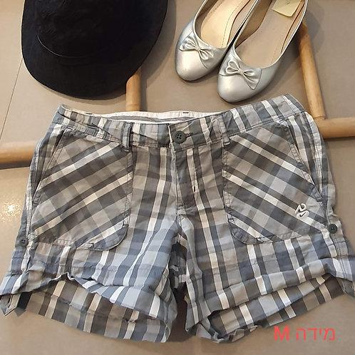 M מכנס קצר אפור משבצות
