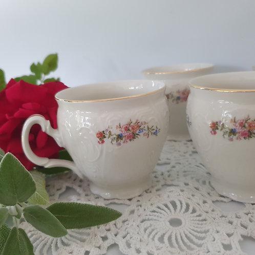 12 כוסות מצ'כיה  פרחים ופס זהב