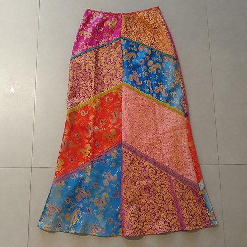 חצאית תלאים ארוכה יפיפיה