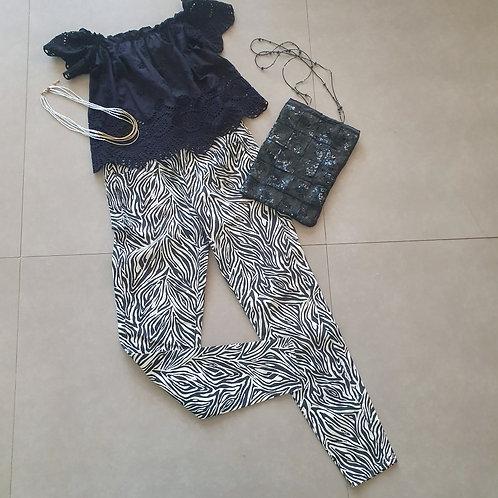 מכנס שחור לבן זברה 42