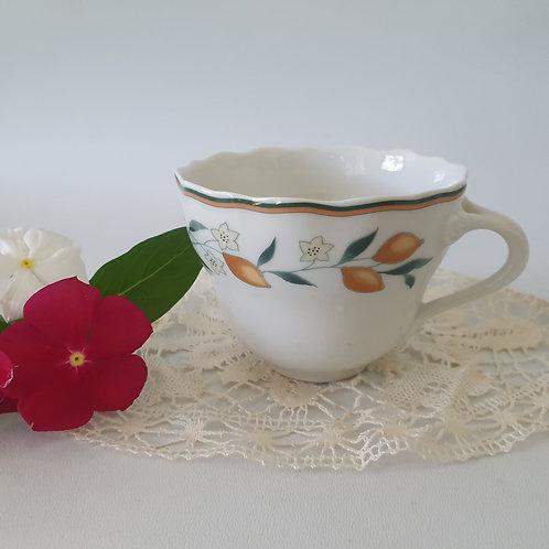 כוס לקפה או תה מפורצלן