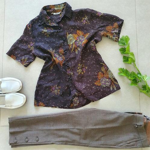 חולצה מכופתרת חומה סטייל וינטג M