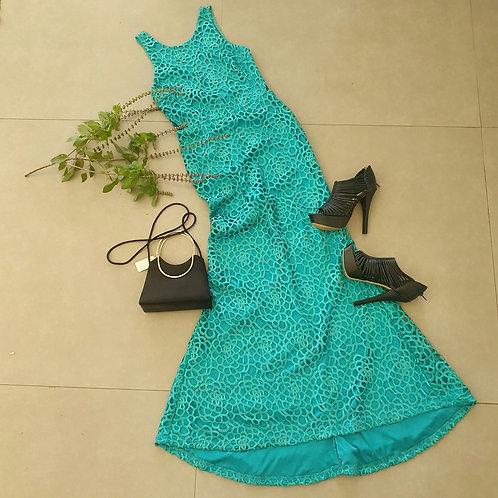 שמלה אלגנטית צמודה תחרה M