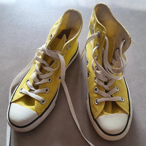 נעלי אולסטאר צהובות חדשות מידה 36