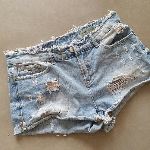 ג'ינס קצר בהיר קרעים 36