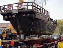 Schwertransport zu Wasser: Die letzte Reise eines Piratenschiffs (N24)