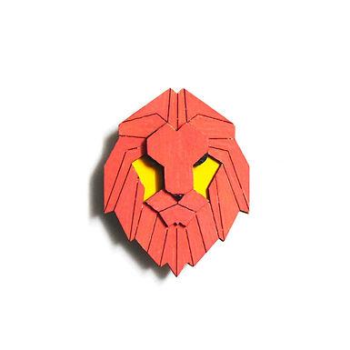 Red Lion Badge Magnet 6