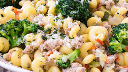 Ground Turkey and Broccoli Pasta